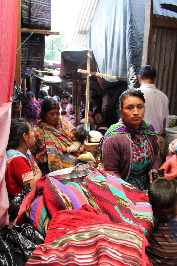 IMG_1934 Guatemala marknaden Chichicastenango foto Anna Lena Stalnacke.JPG bild 6